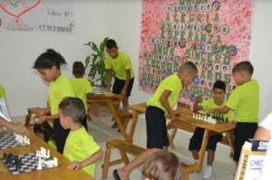 Kinderen van Casa Blanca spelen spelletjes
